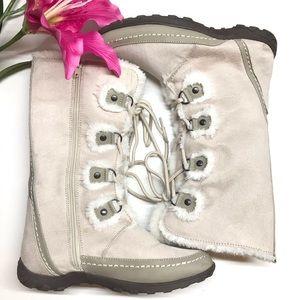 Nine west faux fur winter boots lace up / zipper 6